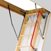 Poręcz LXH - Schody strychowe supertermoizolacyjne LWT 280 Fakro z drewnianą drabinką