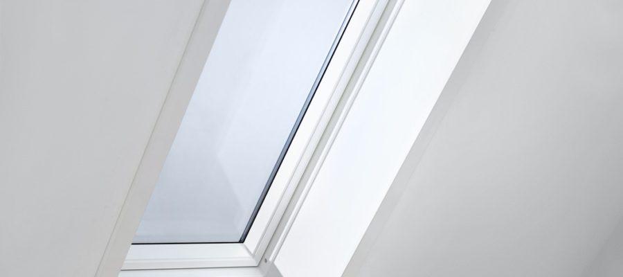 Wnęka okna dachowego LSB LSC LSD Velux 3 900x400 - Okno obrotowe GLU S10002 VELUX z dolnym otwieraniem