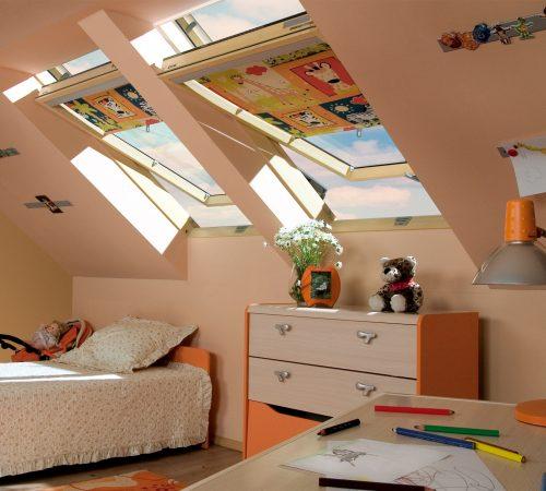 Okna dachowe w pokoju dziecka